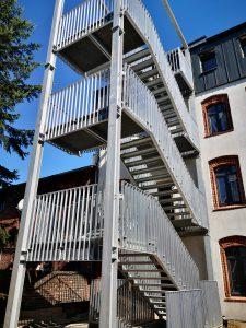 06.08.2019 Konstrukcja stalowa schodów zewnętrznych – Mikołów